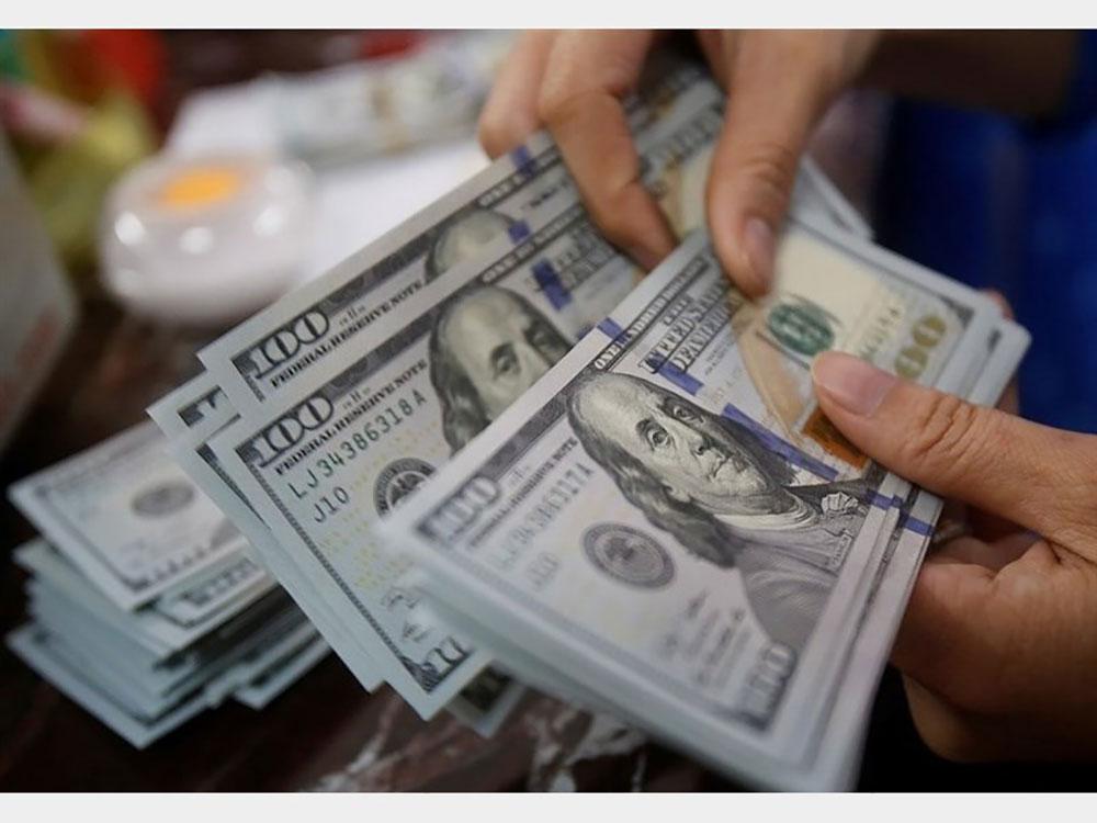 سرمایه گذاری دلار