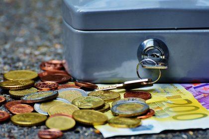 قیمت صندوق سرمایه گذاری طلا چگونه تعیین میشود؟